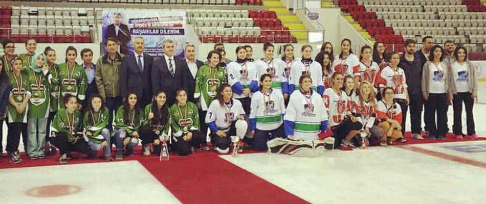 İlk Genç Kadınlar Ligi Şampiyonu Narman SK
