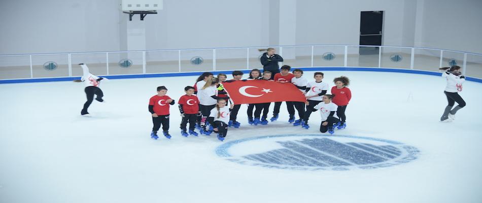 Altındağ Belediyesi Ali Ersoy Buz Pisti Açıldı