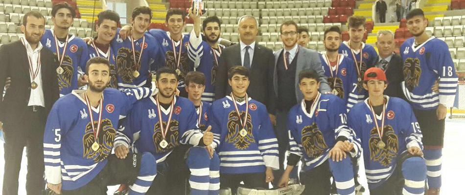 Genç Erkekler Ligi Şampiyonu Erzurum BB GSK