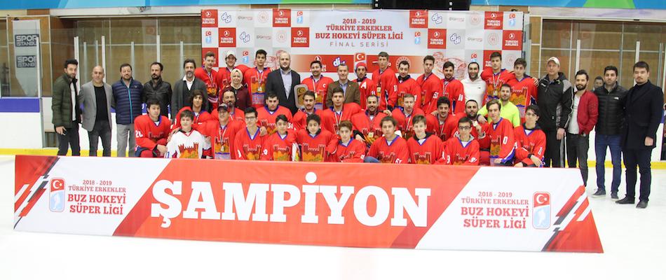 Buz Hokeyi Süper Liginde Şampiyon Zeytinburnu Belediyesi SK