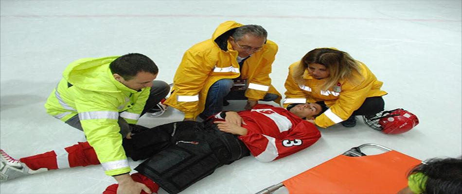 """Türkiye'de İlk Kez """"Buz Hokeyi Tıbbı Çalıştayı"""" Yapıldı."""