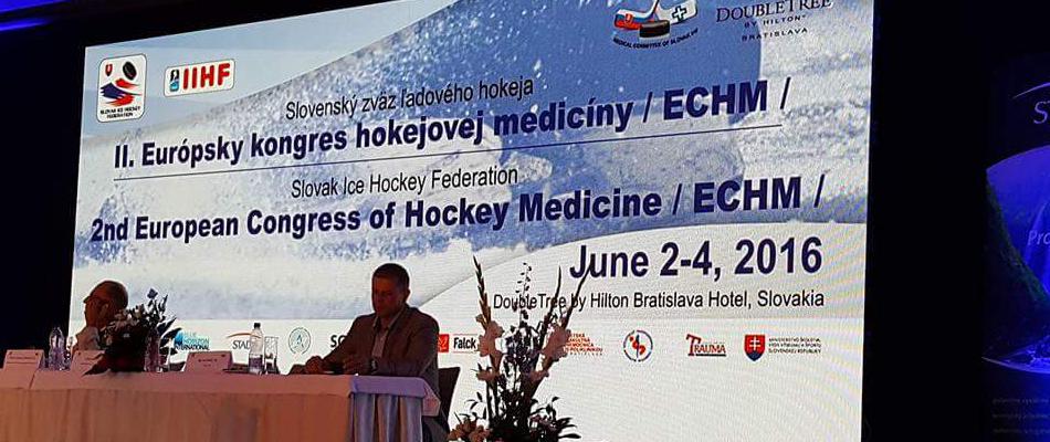 Dr. M. Ünal ve Dr. T. Ünal Buz Hokeyi Tıbbi Kongresine Katıldı