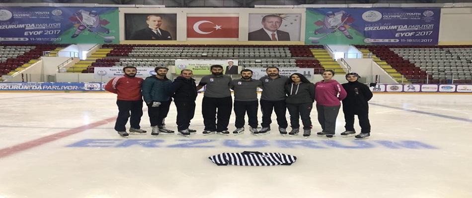 Buz Hokeyi Hakemlerimiz Yeni Sezona Hazır!