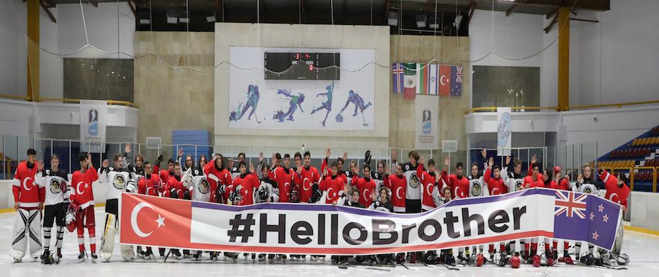 Genç Erkekler Buz Hokeyi Milli Takımımızdan Anlamlı Mesaj